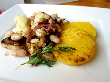>Polenta Circles with Shrooms, Flowers n' Beans ...