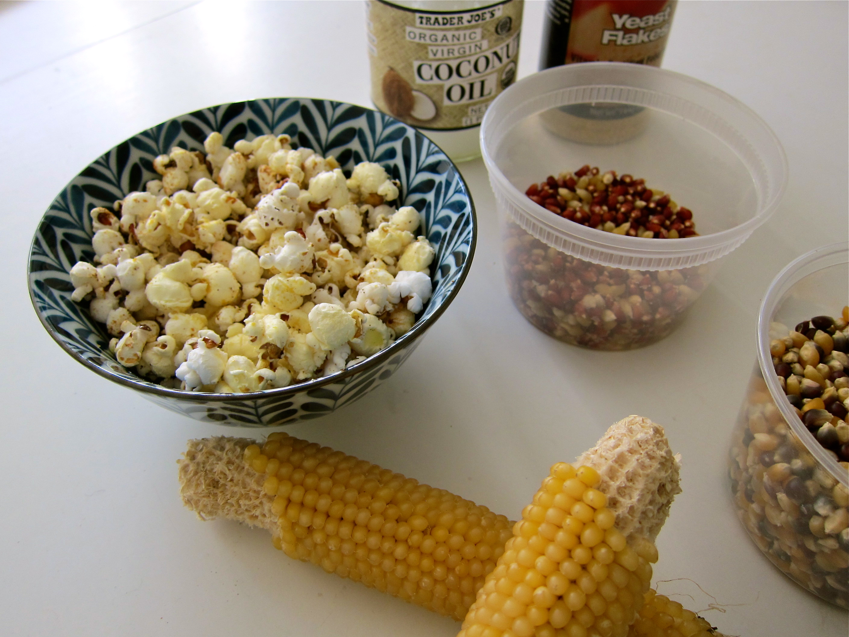 How to make popcorn on stove with coconut oil
